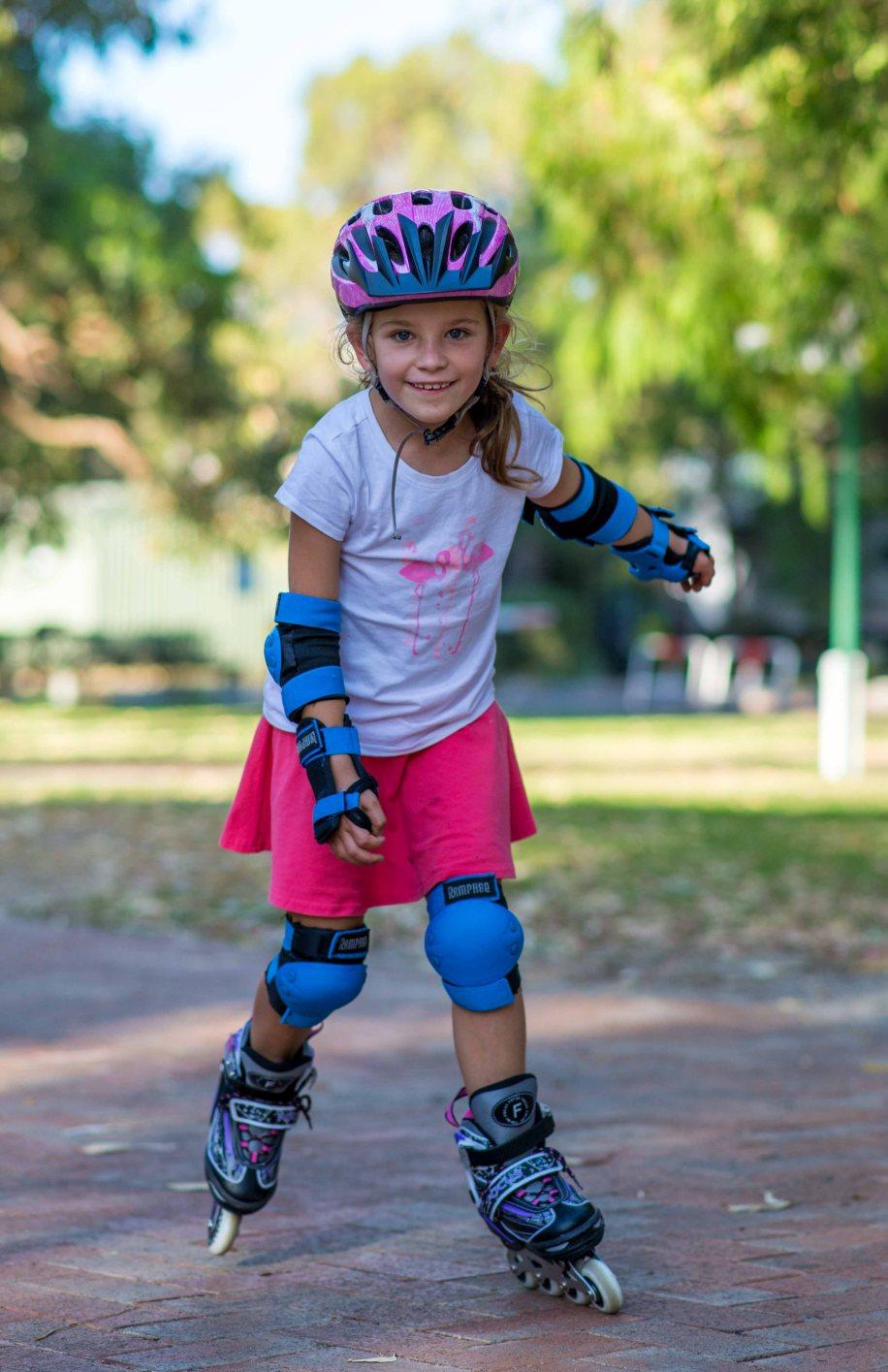 Roller skating emu plains - 31 12 Maddy On Roller Blades
