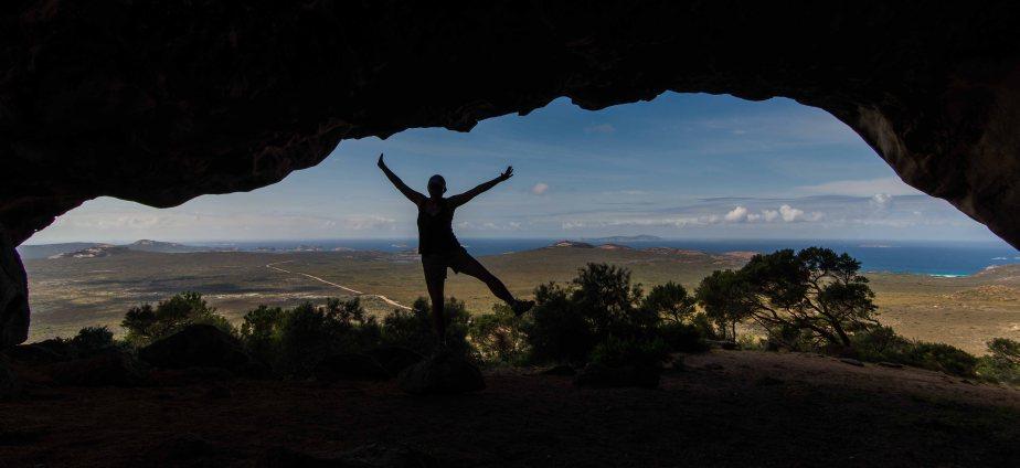 11-2 nikki in cave