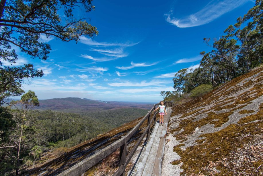 23-1 walkway at mt frankland