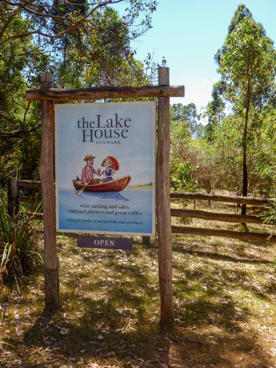 26-1 lake house sign