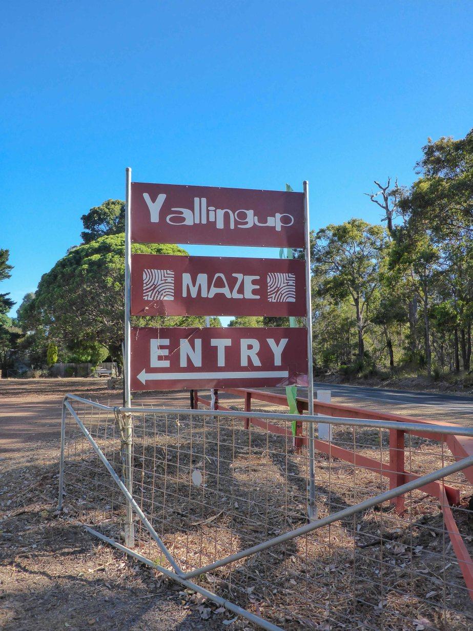 4-1 maze sign