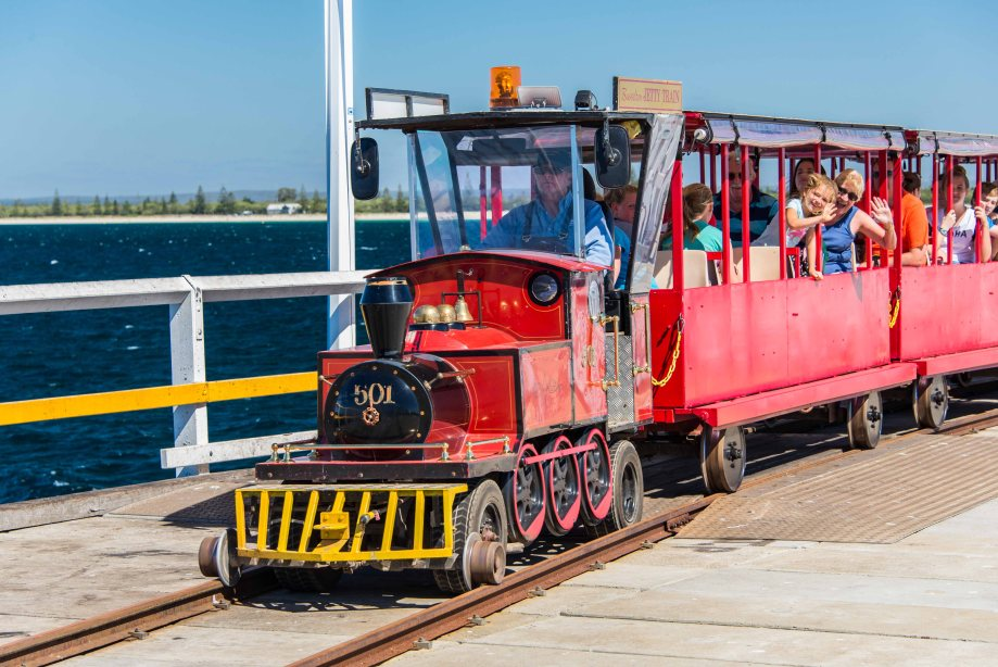 7-1 busselton jetty train