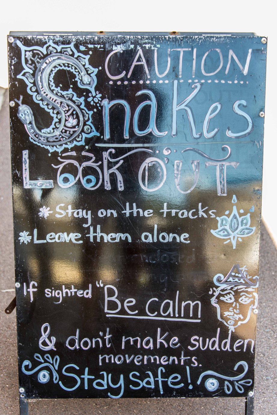 8-1 Cape Naturaliste lighthouse snake sign