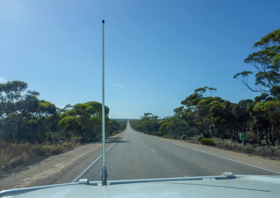 17-2 road across nullabor 2
